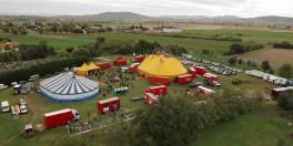 evenement entreprise convention cirque chapiteau anniversaire prive groupe