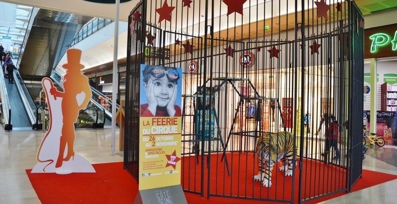 Cage aux fauves location exposition animation commerciale CIRQUE EVENT