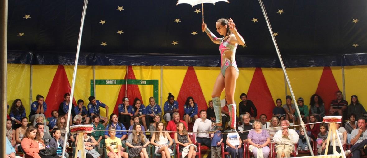fete villlage cirque idee animation comite mairie gratuit