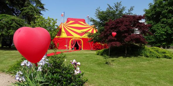 cirque event mariage circus theme decor specialiste wedding decoration animaux spectacle privé location